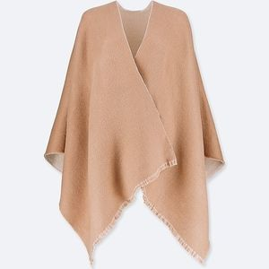 Uniqlo two-way stole - NWT